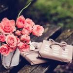ピンクの薔薇とプレゼントBOX